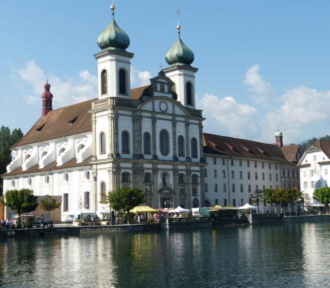 Jesuitenkirche St. Franz Xaver in Luzern (Schweiz)
