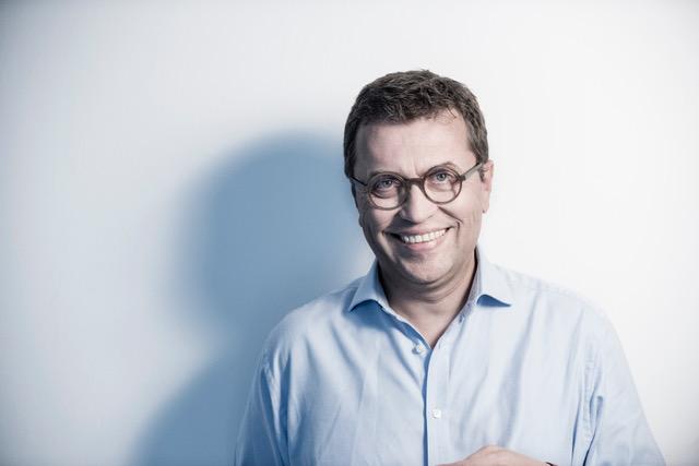 """""""Leider wird die zarte Frage oft verschüttet"""" – Interview mit Christoph Schlick"""