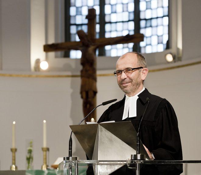 """""""Gemeinsam gelingt uns das überzeugender"""" – Interview mit Präses Manfred Rekowski"""